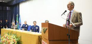 Aldo Rebelo, paraninfo das turmas de pós-graduação 2015
